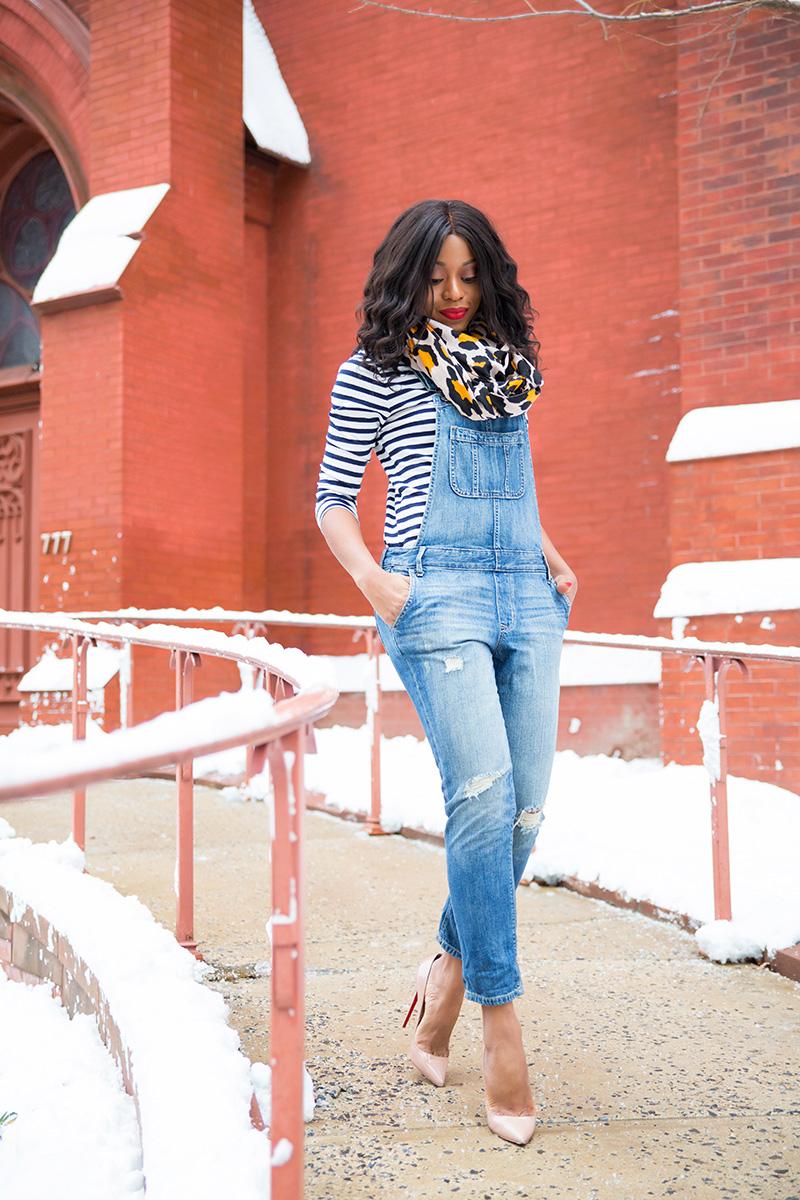denim overall, jcrew stripes top, leopard scarf, www.jadore-fashion.com