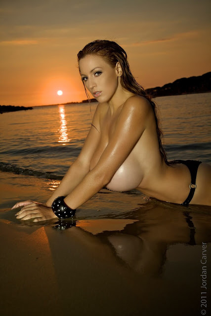 Sexiest-Jordan-Carver-Sunset-hot-HD-Photoshoot-Image-9