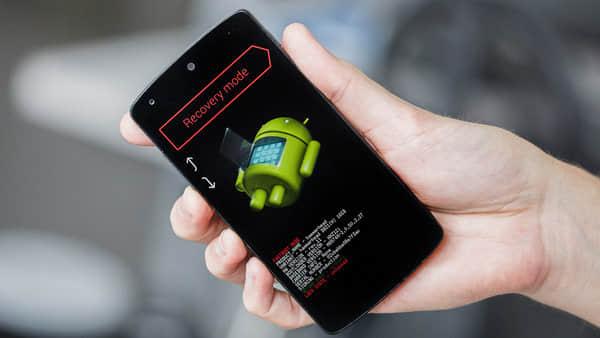 إعادة ضبط المصنع لفتح قفل الأنماط على اجهزة اندرويد  (Android 5.0 والإصدارات الأحدث)