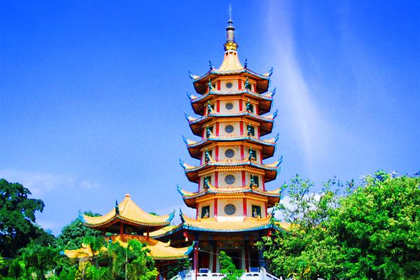 5 Destinasi Wisata Dalam Negri Favorit untuk Menutup Akhir Tahun Mu, Nomor 3 Bikin Geleng-geleng