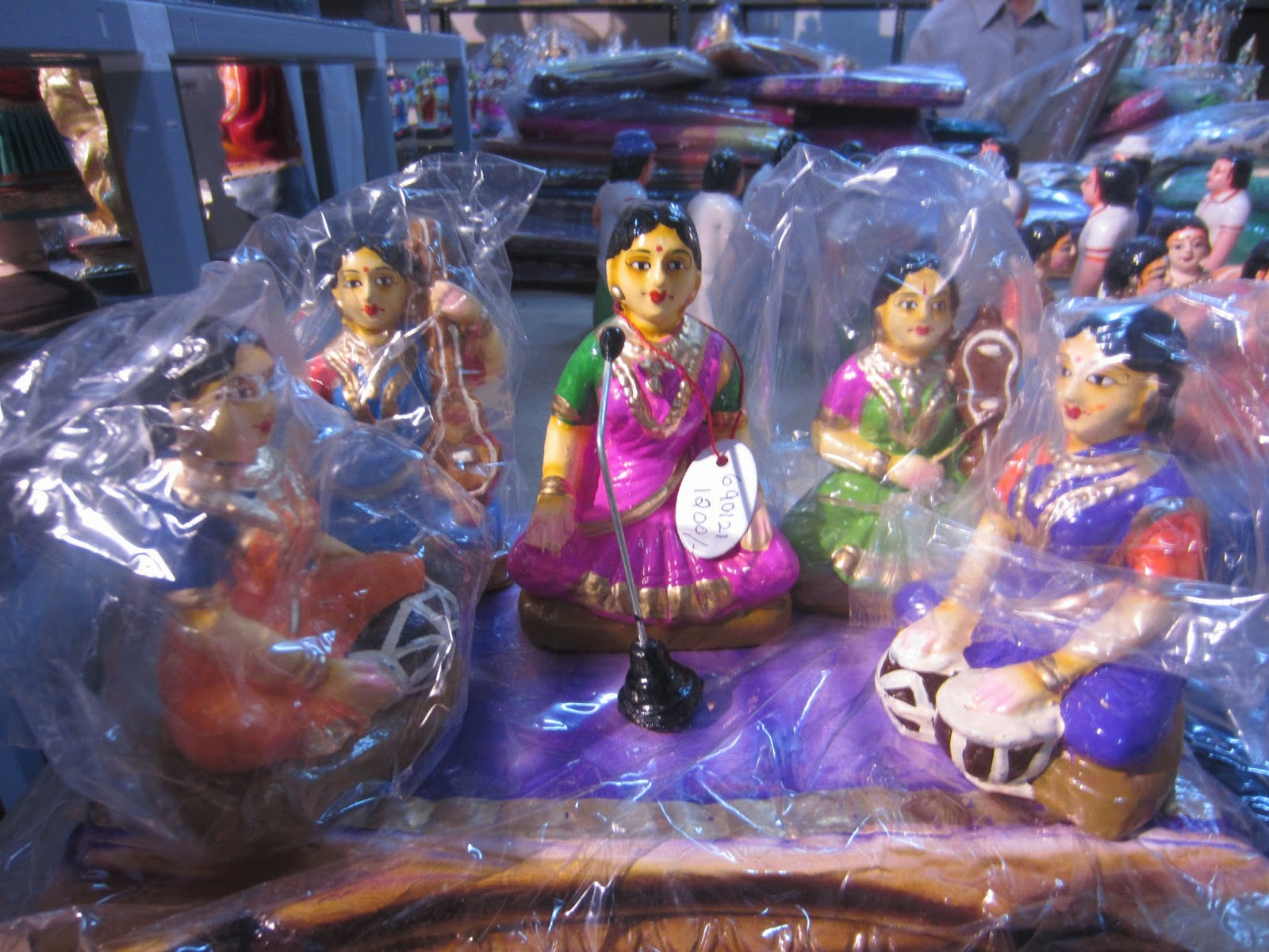 Navratri Dolls for sale in Mumbai