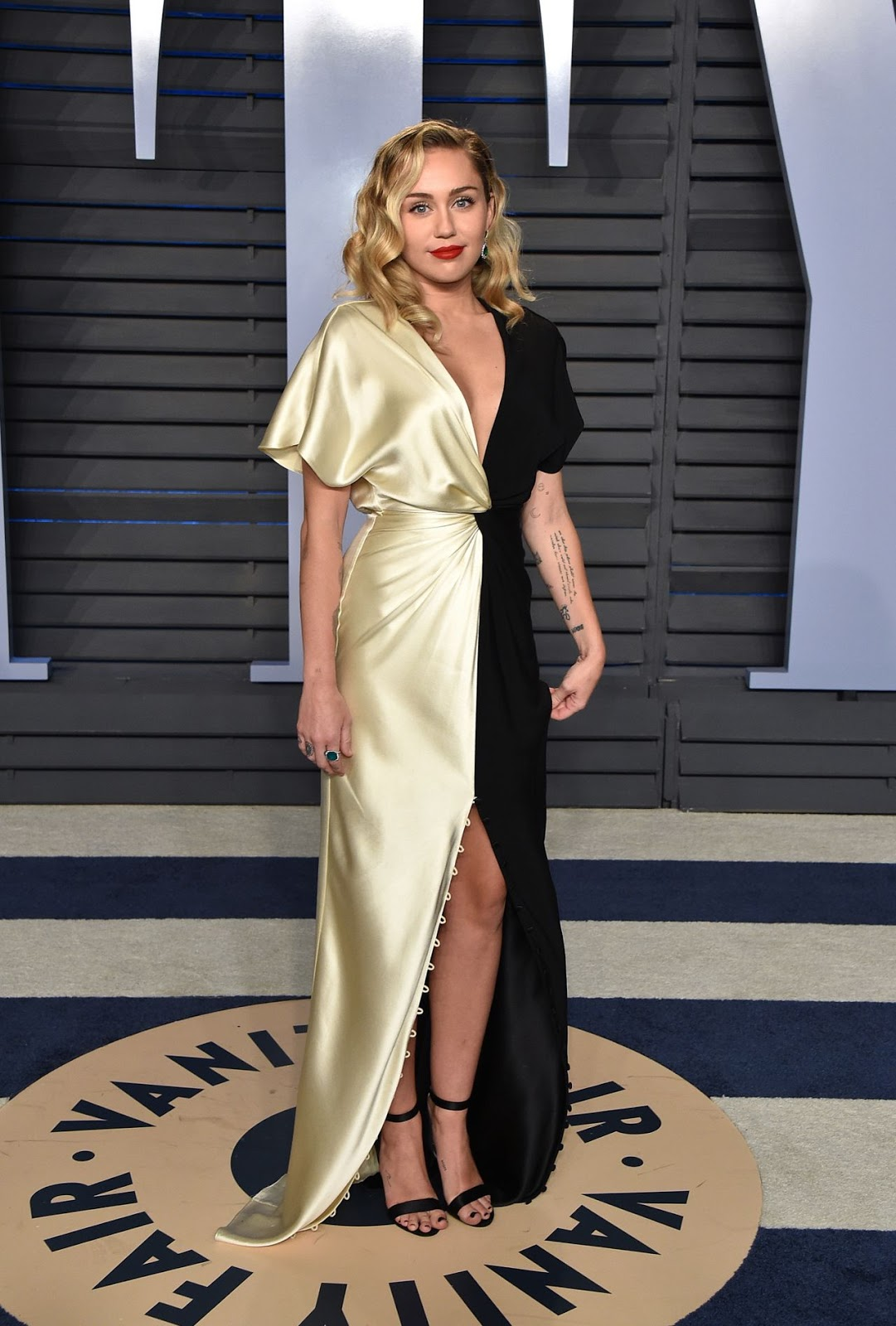 Miley Cyrus 2018 Vanity Fair Oscar Party in Beverly Hills