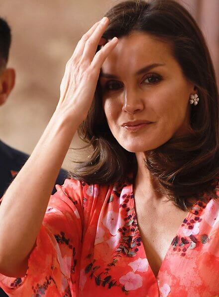 Queen Letizia wore an Adolfo Domínguez floral print dress from Fall Winter 2018 Collection