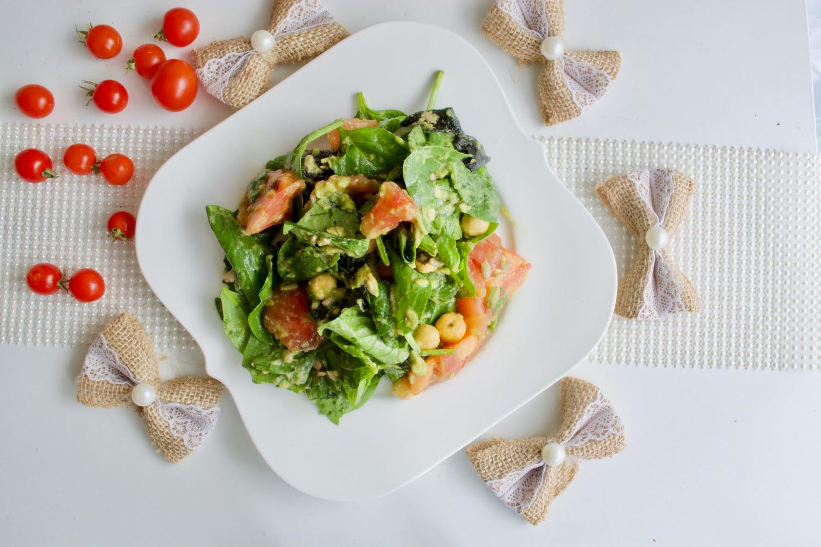 Spinach seaweed salad
