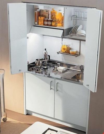 Posisi bak cuci piring ada di sebelah kanan, cocok untuk non-kidal, atau justru cocok untuk pemilik tangan kidal?