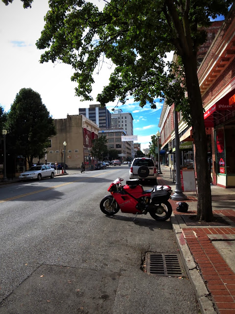Ducati 916 in Roanoke