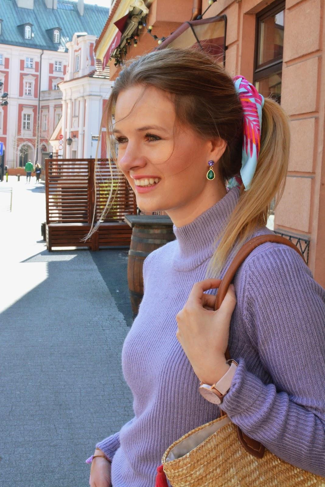 chusta, apaszka we włosach, dzwony, fiolet, koszyk, kolor jagodowy, poznan, blog