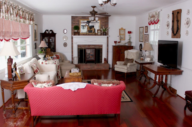 The family room filled with farmhouse touches.