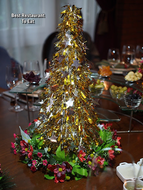 CHRISTMAS 2018 DINNER Decoration