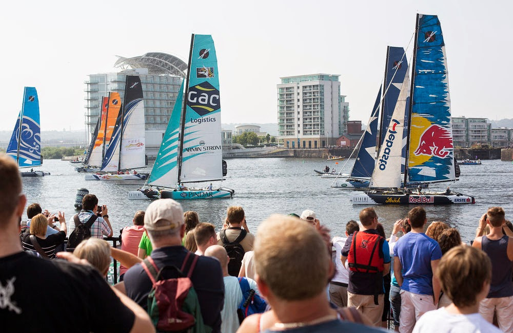 Cardiff attend les Extreme Sailing Series.