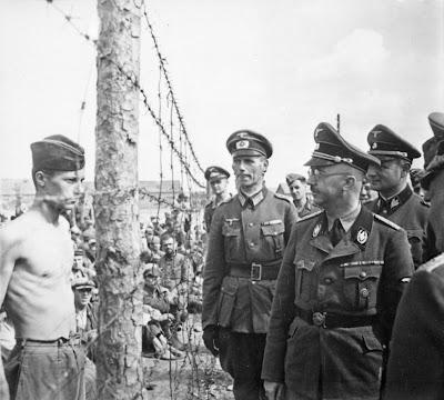 Heinrich Himmler eliminar os judeus é um assunto pequeno
