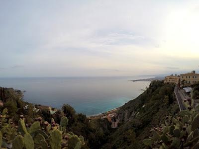 Taormina zima widok na morze