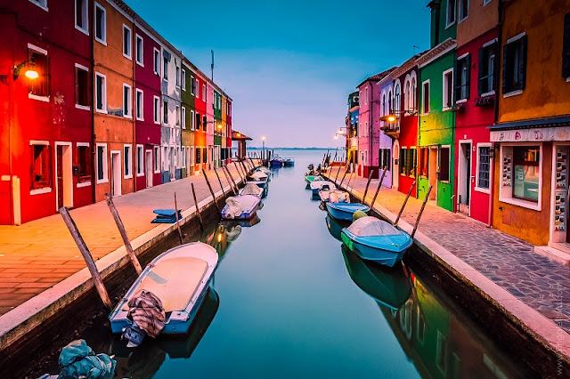 Entardecer na Ilha de Burano em Veneza na Itália