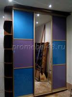 Шкаф с цветным стеклом