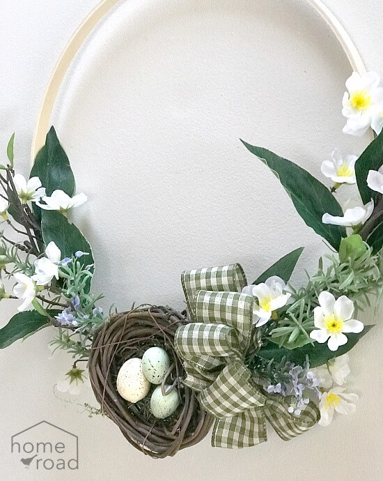 nest and bow for easy Spring wreath