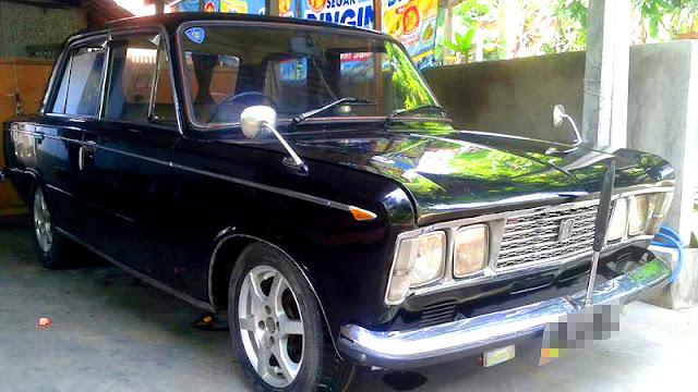Fiat 125S hitam