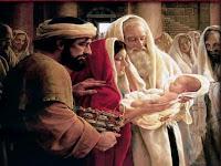 Natal: A Família Do Senhor Vai À Igreja