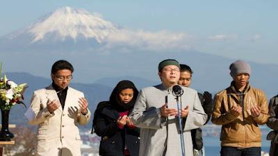 Komunitas Muslim Yang Tumbuh Di Dunia Dan Jepang