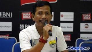 Persib Kalah dari Bali United, Djanur: Kami Banyak Dirugikan oleh Wasit