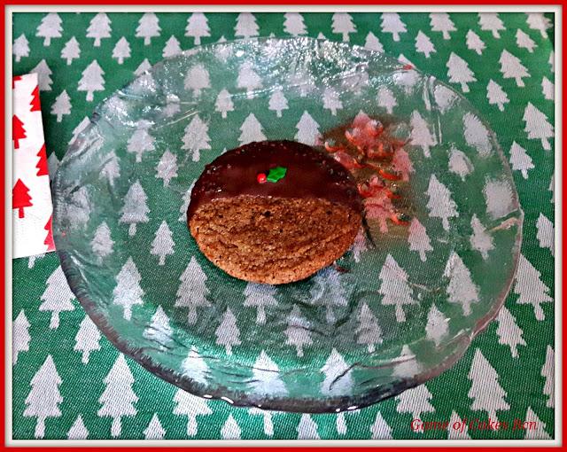 Galleta de jengibre y melaza con decoración navideña