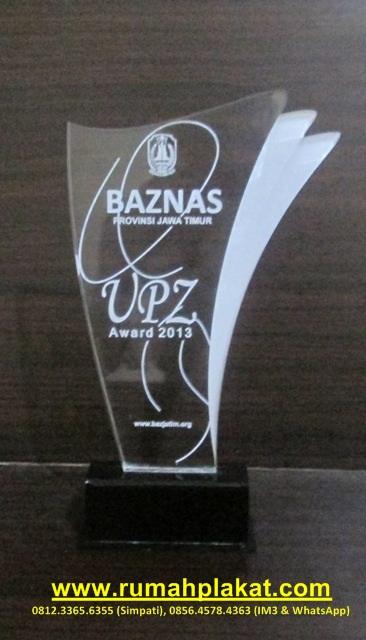 Plakat Award dan Penghargaan, Pesanan Badan Amil Zakat ...