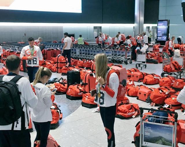 Atletas de Inglaterra tienen la misma maleta y nadie sabe cuál es