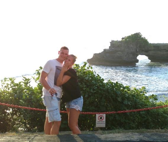 bule lamar kekasih di Bali