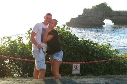 Will You Marry Me di Bayang Sunset Tanah Lot Bali