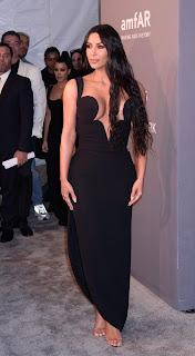 Kim Kardashian Hot Cleavage Pics