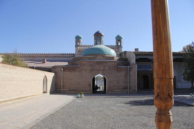 Ouzbékistan, Kokand, Palais de Khodayar Khan, place Mukimi, © L. Gigout, 2012