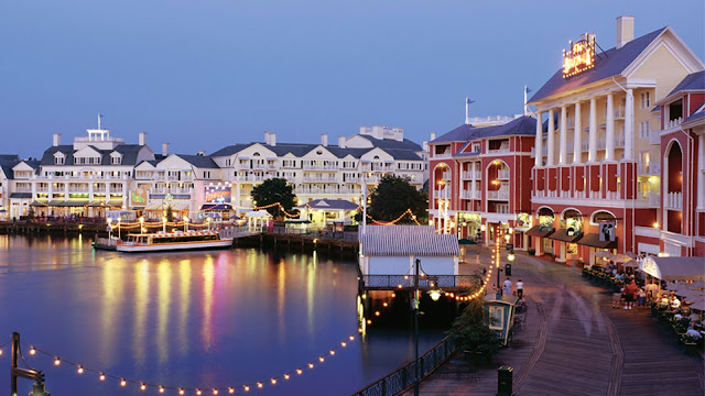 Discover the old-fashioned charm of Disney's BoardWalk Villas—featuring whimsical pools, unique dining and exciting nightlife at Walt Disney World Resort.