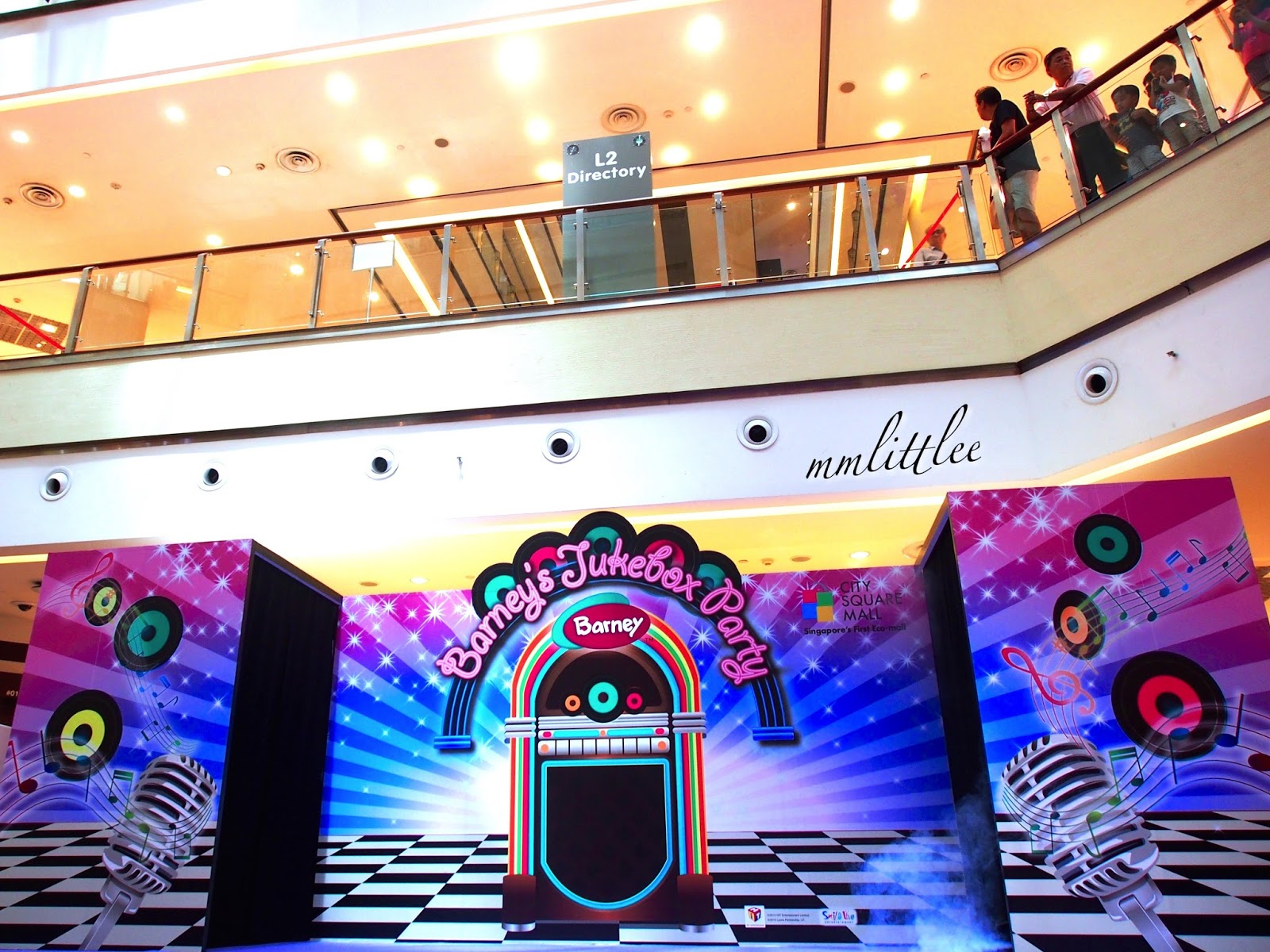 City Square Mall: Barney's Jukebox Party