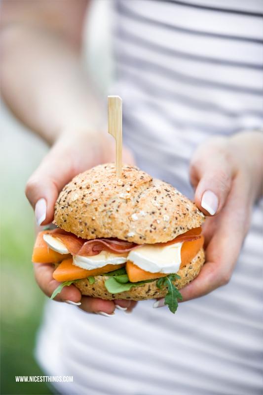 Schnelles Burger Rezept mit Cantaloupe Melone, Schinken, Géramont