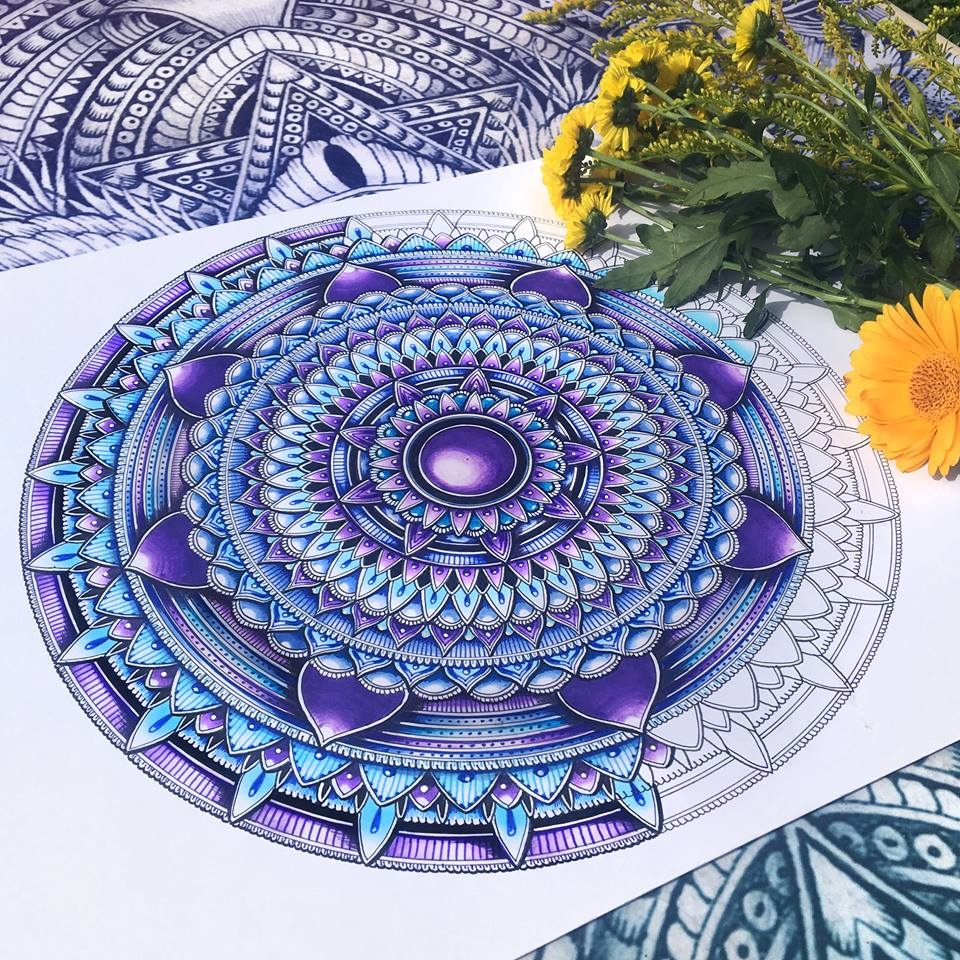 01-Mandala-WIP-Faye-Halliday-Animal-Drawings-and-Mandalas-www-designstack-co