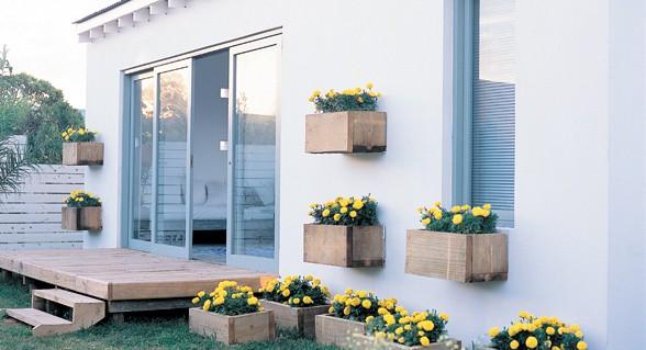 Decorar jardines tres consejos pergolas sevilla for Ideas para terrazas baratas