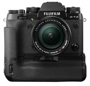 Фотоаппарат Fujifilm X-T2 с батарейной ручкой, вид спереди