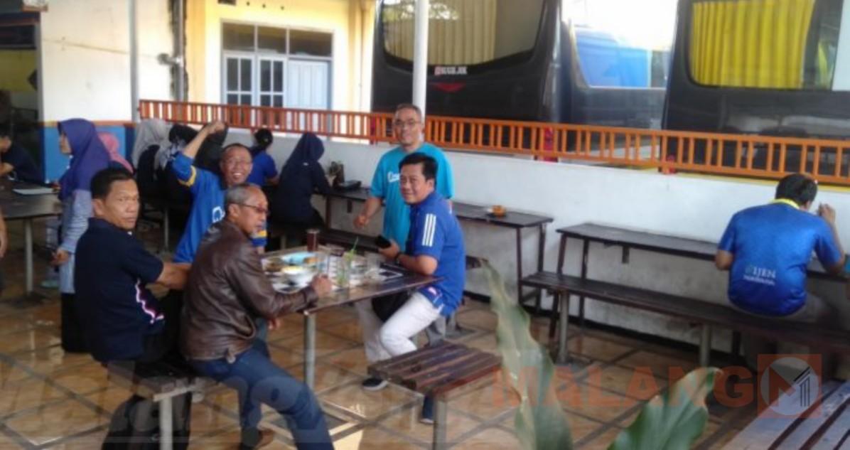 Dukung Arema Di Laga Final, ASN Pemkab Malang Pakai Atribut Arema