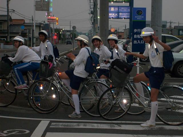 1 de Setembro, o Dia Não-Oficial do Suicídio no Japão - Pocket Hobby - www.pockethobby.com