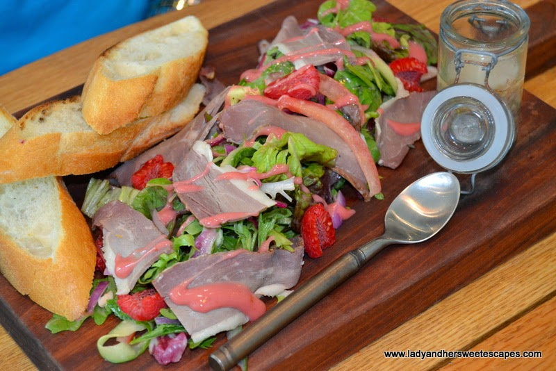 The Pavilion Downtown Dubai's Smoked Duck Salad