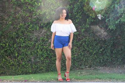 ropa blanco azul y rojo para 4 de julio