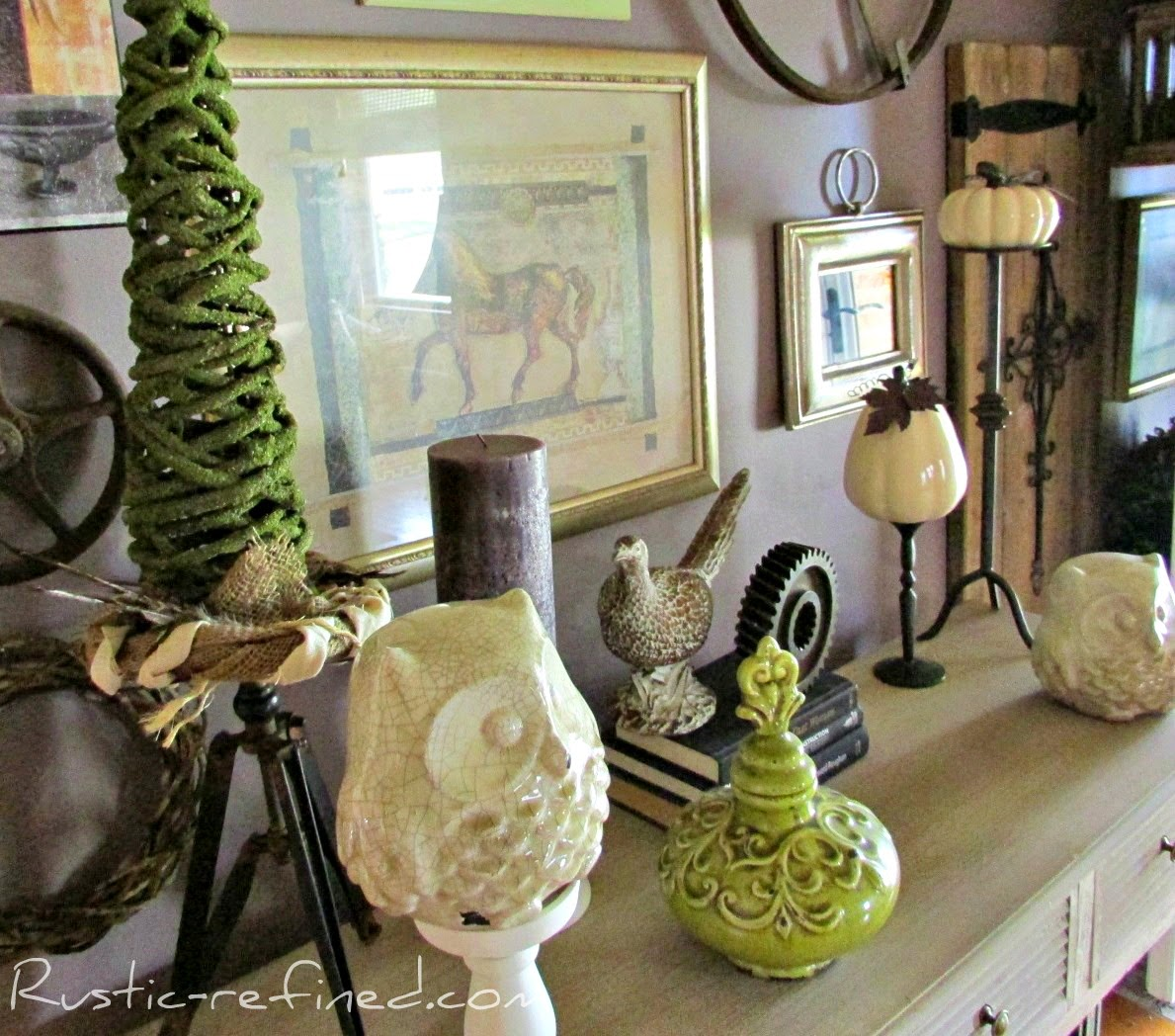 Fall Decor in the Entryway & Living Room using Purple ...