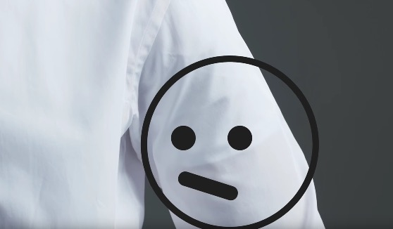 5 Trik Pakai Baju Kemeja Agar Nampak Kemas dan Seksi