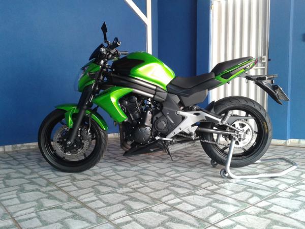 capota superbikers er6n com pneu 180 55 17. Black Bedroom Furniture Sets. Home Design Ideas