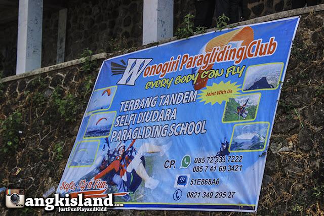paragliding wonogiri