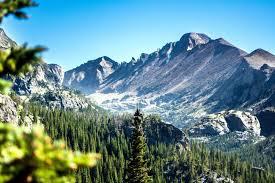 Description d'un paysage de montagne