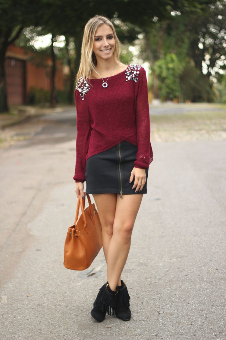 Look Da Onca Sueter Tricor Bordo Tricot Burgundy Saia Ziper Frontal Mixed Bota Franjas Luiza Barcelos Bolsa Hermes Inspired likewise Sk Skulptur as well Front Perspective Low Res Dsa together with Publicidad Pagina additionally Press Release Dsac Image. on tricor
