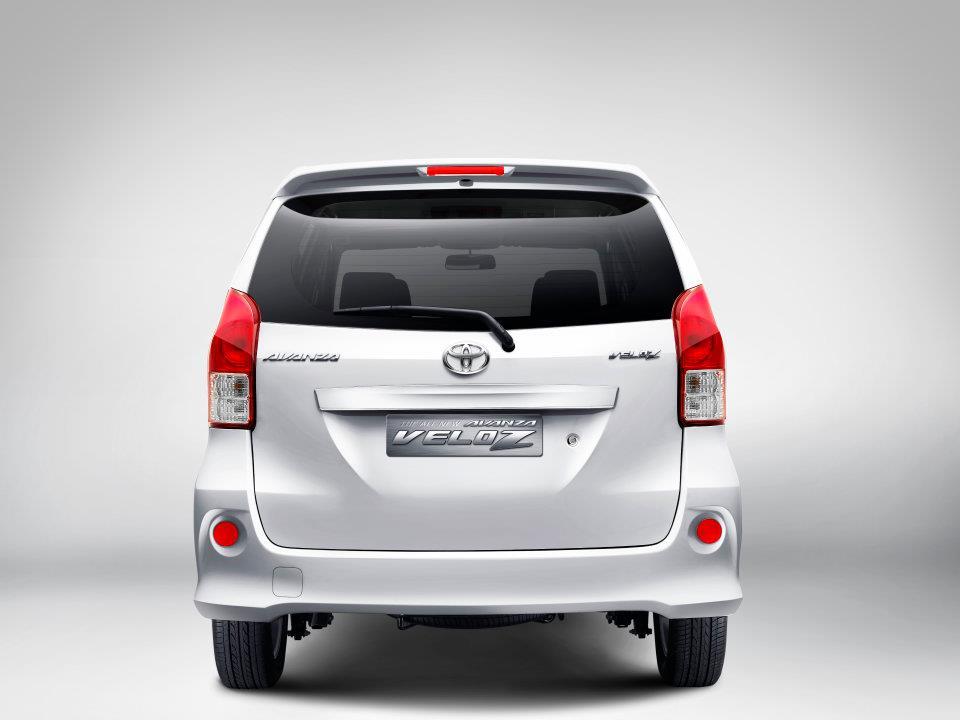 Keluarga Baru Toyota  Avanza Veloz  Safety Is The First