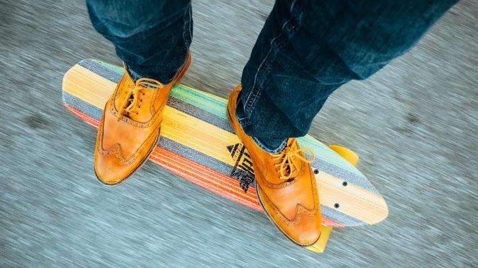 Wallpaper: Jeans Shoes Skateboard