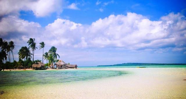 wisata pantai di wakatobi