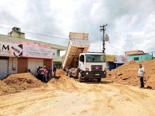 Após demolição da parte interna do Mercado Público em Ipueiras, prefeitura prepara plano de ação para remoção dos escombros.